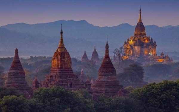 Βιρμανία - Μυανμάρ, τα χρυσά χαμογέλα του Βούδα